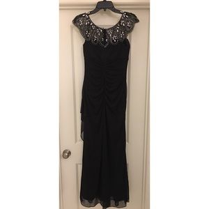 XSCAPE formal dress